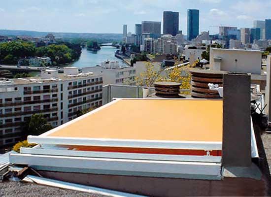 Tipos de toldos para terrazas balcones y ventanas modelos for Veranda con caminetto a gas schermato